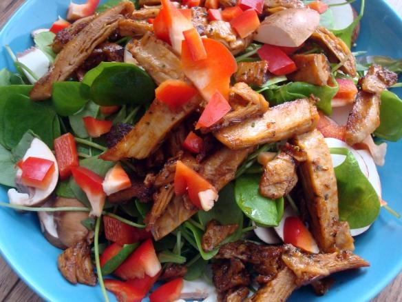 salat mit like meat filetstreifen